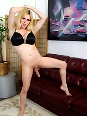 Big dicked TS Jesse forces a guy to worship her