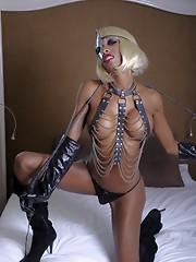 Naughty black TS Natassia fucking her ass