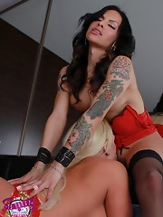 Horny tgirl Foxxy banging a blonde chick
