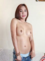 Natt is a 28 years old ladyboy from Bangkok. She has a really cute face, great skin, and a wonderful body. She has a sexy soft body, a cute little bel