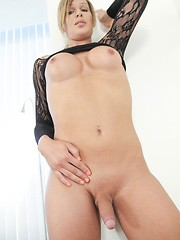 solo,ass,blonde,toy
