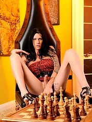 Irresistible Morgan Bailey playing chess her way