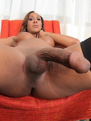 Transsexual Kayla Biggs